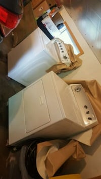 white washer and dryer set Troy, 48083