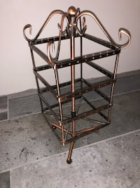 Spinning copper earring and jewelry rack  Mississauga, L5L 4V4