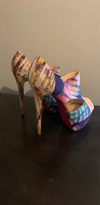 women's pair of pink and blue pumps New Brunswick, 08901
