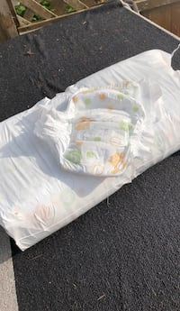 Size 5 diapers Port Coquitlam, V3B 3R7