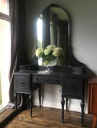 Delivery - stunning antique French vanity  Toronto, M9B 3C6