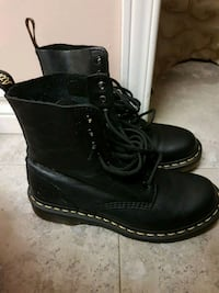 Doc Martens Cambridge, N1P 1B3