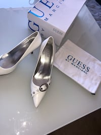 Guess by Marciano Malmö, 211 55