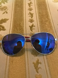 Cali Blue Sunglasses Mississauga, L5J 4M5
