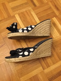Polka dots wages size 8.5 Vaughan, L6A 1M9