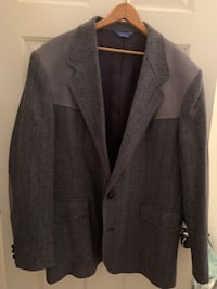 Men's Denim Style Sport Coat, sharp has yoke and elbow patches. Henderson, 89002