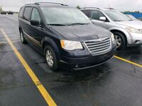 Chrysler - Town and Country - 2010 Bolingbrook, 60440