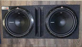 Rockford Fosgate Subs and Amplifier