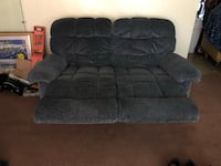 Recliner : 2 seat love seat couch