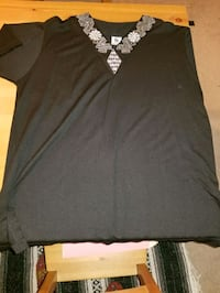 Black Short sleeve shirt/ L/G
