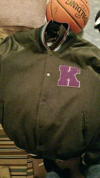 KR3W Large mens jacket with buttons West Fargo, 58078