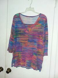 blue, red, and green scoop-neck shirt Northport, 35476