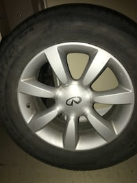 Infiniti michellings tires of 4 with rims Toronto