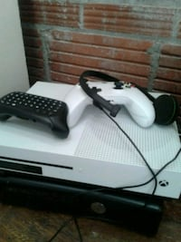 white Xbox One console with controller Kansas City, 64108