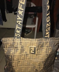 Like new Fendi tote/purse in immaculate condition located off lake mea Las Vegas, 89108