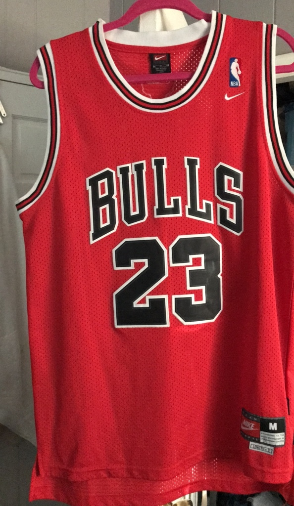 bd65d3737a1 ... discount code for red and black chicago bulls 23 jersey shirt aad59  b3673