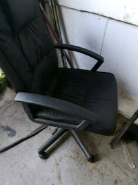 Good computer chair Mississauga, L5T 2K9