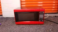 black and red microwave oven Colorado Springs, 80907