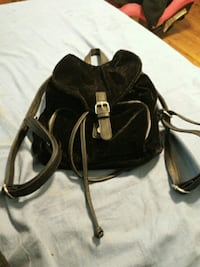 Velvet purse in good condition East Haven, 06513