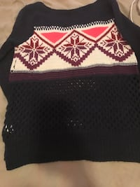 Two medium American Eagle Sweaters NWOT Raleigh, 27604