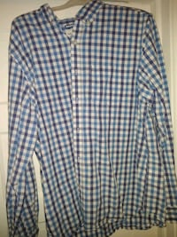 Old Navy shirts size xl