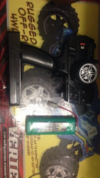 Rc car controller & a car battery pack  Los Angeles, 90043