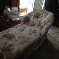 Chase chair Downey, 90241
