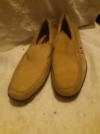 pair of brown leather loafers Brooklyn, 11218
