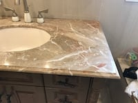 marble top bathroom vanity Côte-Saint-Luc