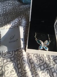Swarovski Blue Butterfly Necklace Herndon, 20171
