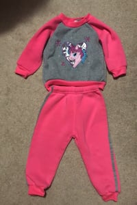 Toddler outfit size 24months Perry Hall, 21128