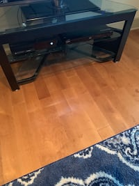 Tv stand Towson, 21204