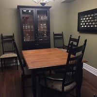 Dining table with 7 chairs and hutch just $750  Toronto, M2J