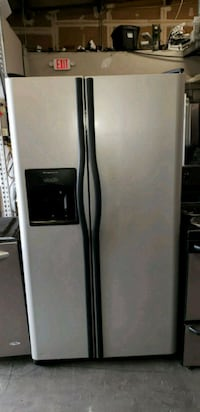 Refrigerator Frigidaire Stainless steel  Lawrenceville, 30044