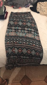 tribal long skirt size small Menifee, 92585