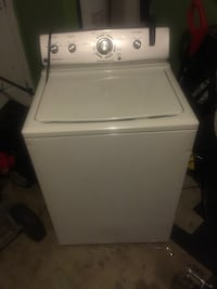 white top-load clothes washer Charlotte, 28213