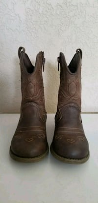 pair of brown leather cowboy boots Rancho Cucamonga, 91730