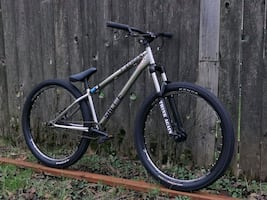 2019 free agent saltire excellent condition dirt jumper