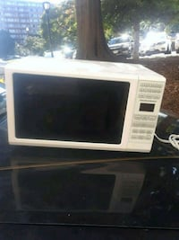 white and black microwave oven Arlington, 22202