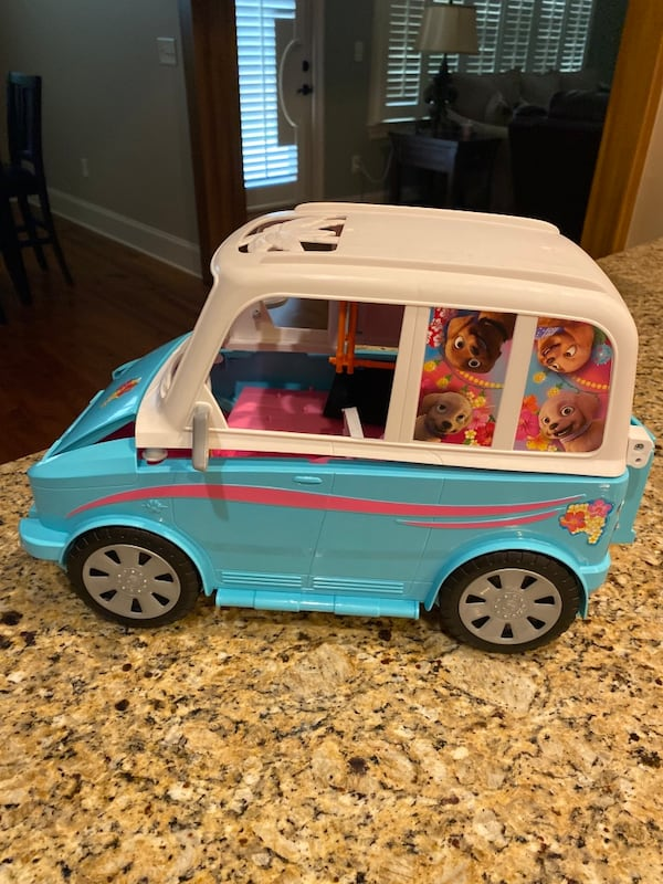 Barbie® Ultimate Puppy Mobile (Brand new never played with but once) 51dc6137-64ac-4122-803c-ae833c8588b6
