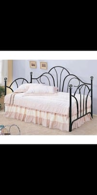 """Daybed L 78 """"x W 39"""""""