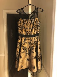 Party dress size 4 women's  Concord, 28027