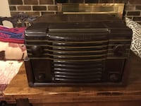 Brown Westinghouse vintage record player / radio  Falls Church, 22046