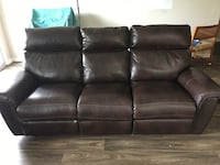 Brown leather electric recliner sofa Westmont, 60559