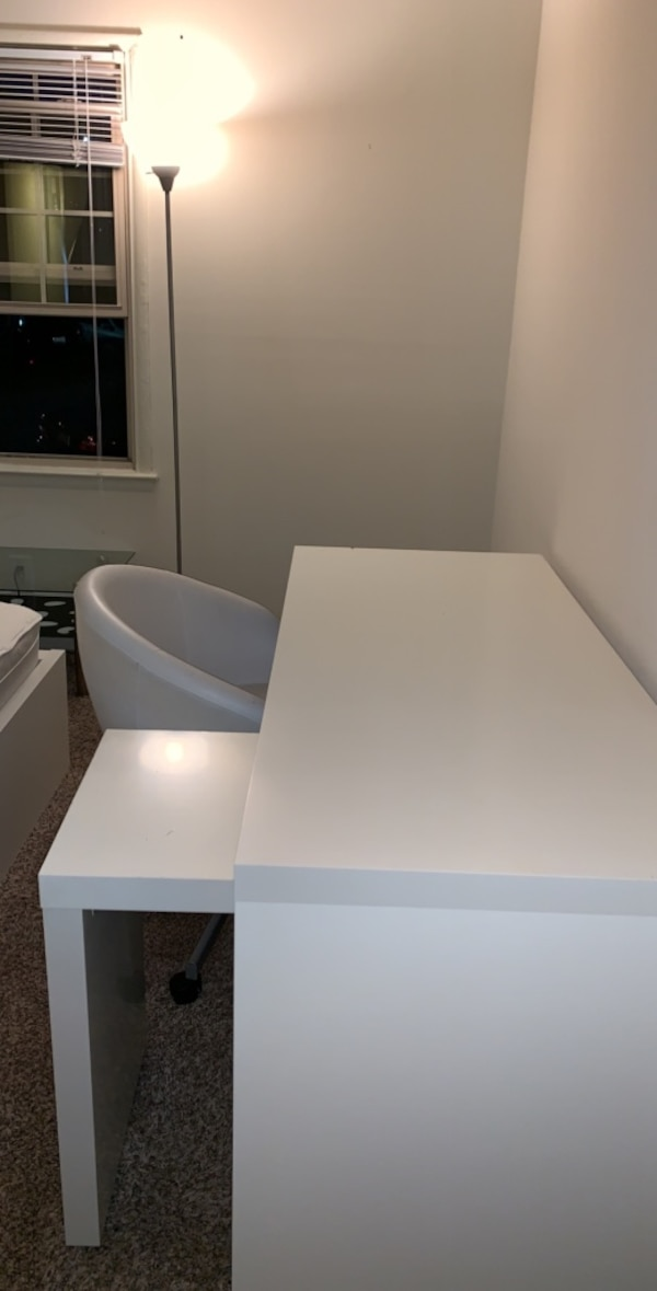 White table and chair for sale