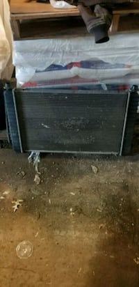 Chevy Silverado radiator. Works great 291 mi