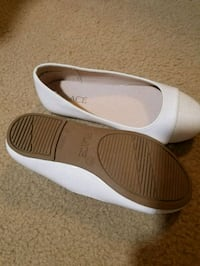 Brand new childrens place girls shoes sz 11 Howell