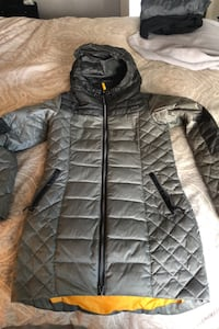 Ladies Lole Down winter Jacket Size Small, lightweight very warm