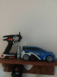 RC car with batteries and charger very fast 159 km