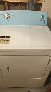 Dryer for sale  Ottawa, K4A 0P5